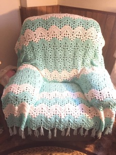 The Six Day Kid Blanket in Mint and White